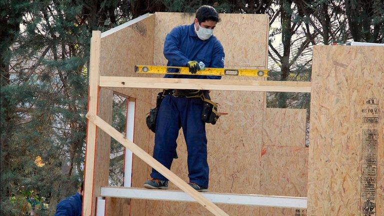 """Otro boom en medio de la pandemia: por qué no para de crecer la construcción de casas """"en seco"""""""